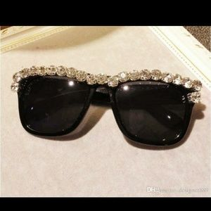 Glamourous Black sunglasses with Rhinestones!